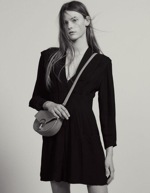 Kurzes Fließendes Kleid Mit Falten : Kleider farbe Schwarz