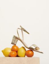Ledersandalen mit Krokoprägung : Schuhe farbe Gold