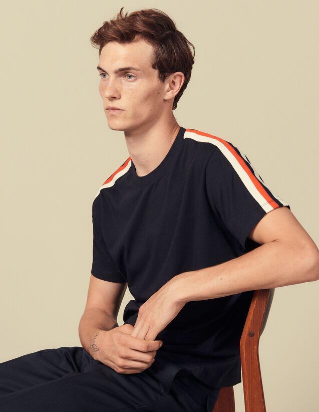 T-Shirt Mit Streifenmuster An Den Ärmeln : Winterkollektion farbe Weiß