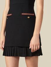 Kurzes Kleid mit Bortenverzierung : LastChance-ES-F40 farbe Schwarz